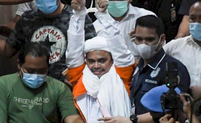 habib-rizieq-mendekam-di-sel-tahanan-polisi-ungkap-kondisi-kesehatan-terkini49_700